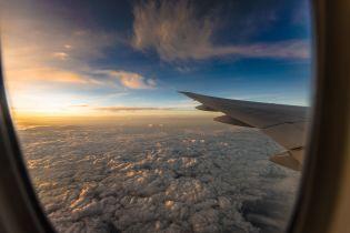 На борту Boeing 737, який розбився в Індонезії, може перебувати до 200 осіб