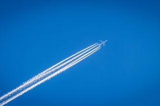 Российский самолет экстренно сел из-за трещины в лобовом стекле