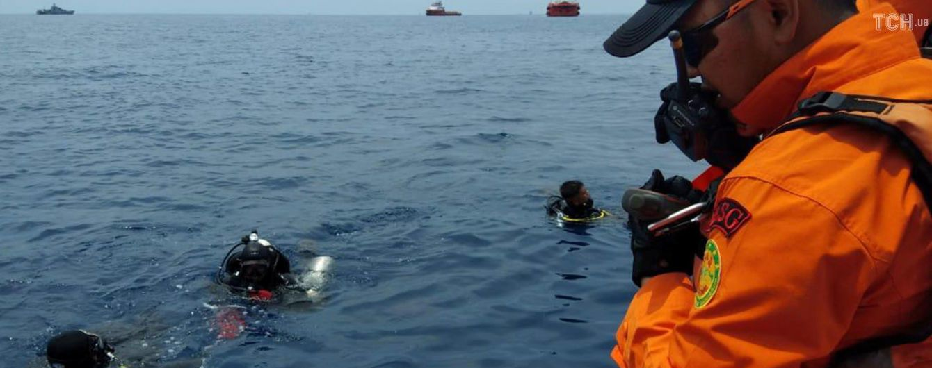 Пилоты самолета, который потерпел катастрофу в Индонезии, перед полетом сообщали о технической неисправности