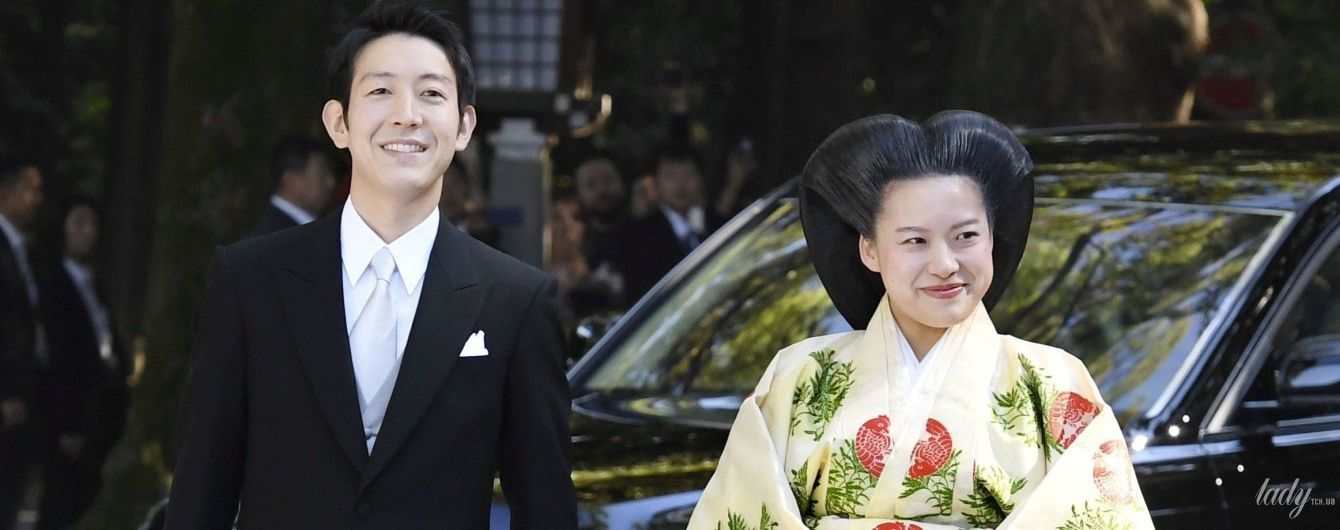 Як це виглядає у Японії: весілля онуки імператора принцеси Аяко і Кея Морія