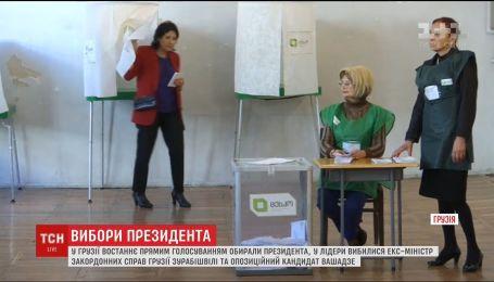 Перспектива другого тура та неочікувані заяви: у Грузії та Бразилії минають вибори президентів