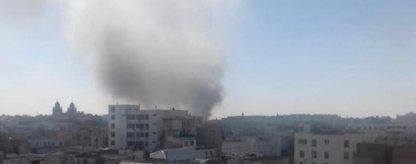 Смертниця влаштувала вибух у столиці Тунісу