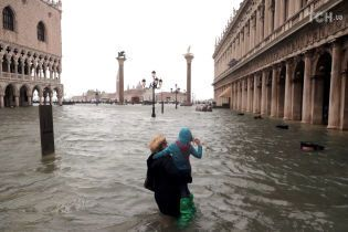 До трьох десятків осіб зросла кількість жертв повеней в Італії