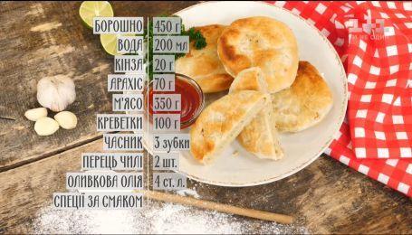 Мини-пироги с курицей и креветками - рецепты Руслана Сеничкина