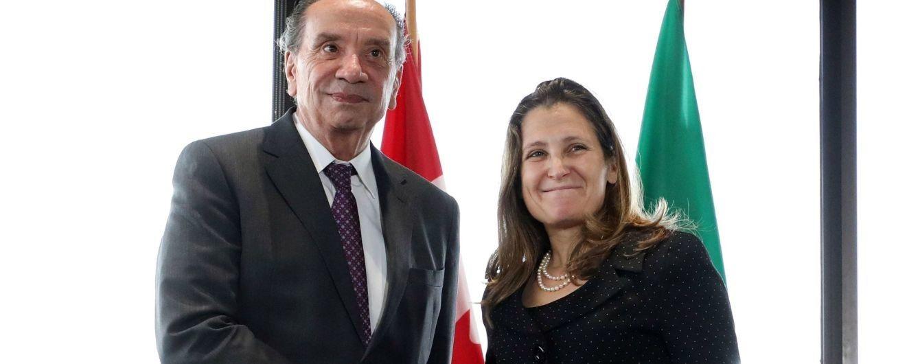 Оновила гардероб: два ефектних образи міністра закордонних справ Канади