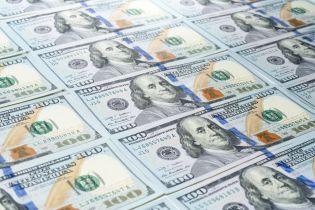 Долар і євро почали дешевшати. Курс валют на 3 грудня