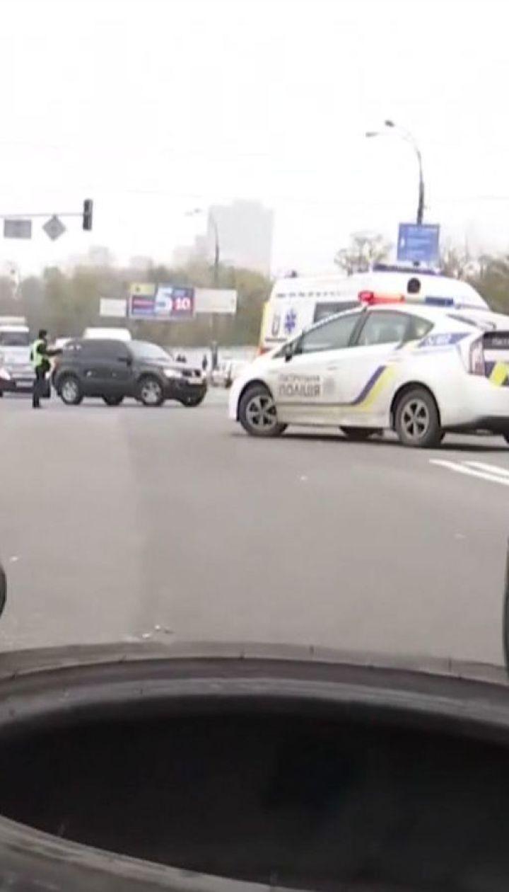 Мешканці багатоповерхівки перекрили Харківське шосе, бо їм вимкнули електроенергію