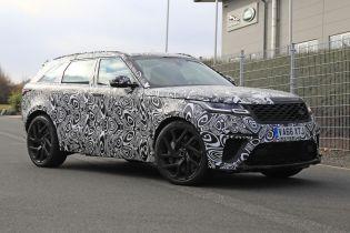 Шпионы засняли новую модель Range Rover в камуфляже