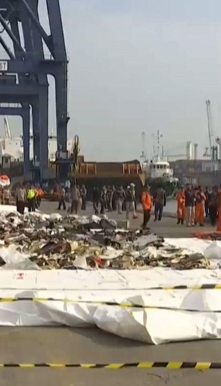 У збройних силах Індонезії заявили, що знайшли фюзеляж розбитого літака