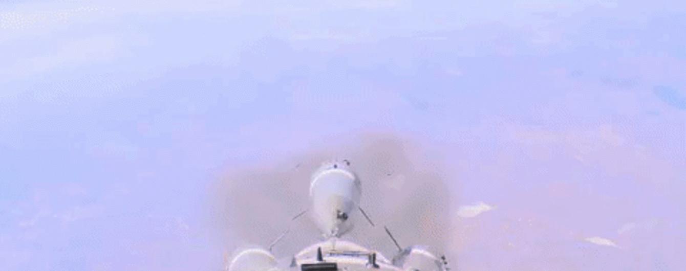 """""""Роскосмос"""" обнародовал видео аварии ракеты """"Союз"""""""