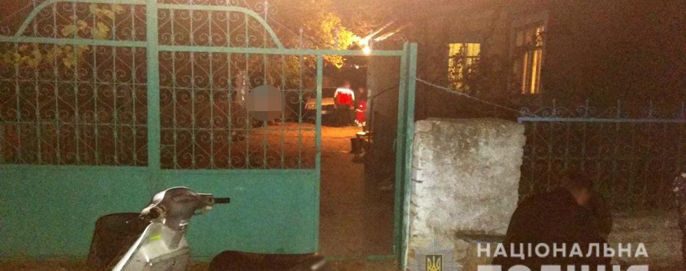 На Одещині знайшли повішеною 16-річну дівчину