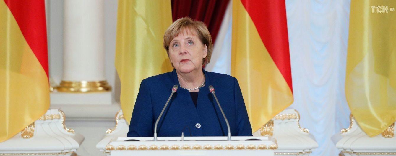 Санкції проти Росії накладаються за порушення міжнародного права – Меркель