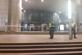 """""""Заміновані"""" київські вокзали відкриті для пасажирів"""