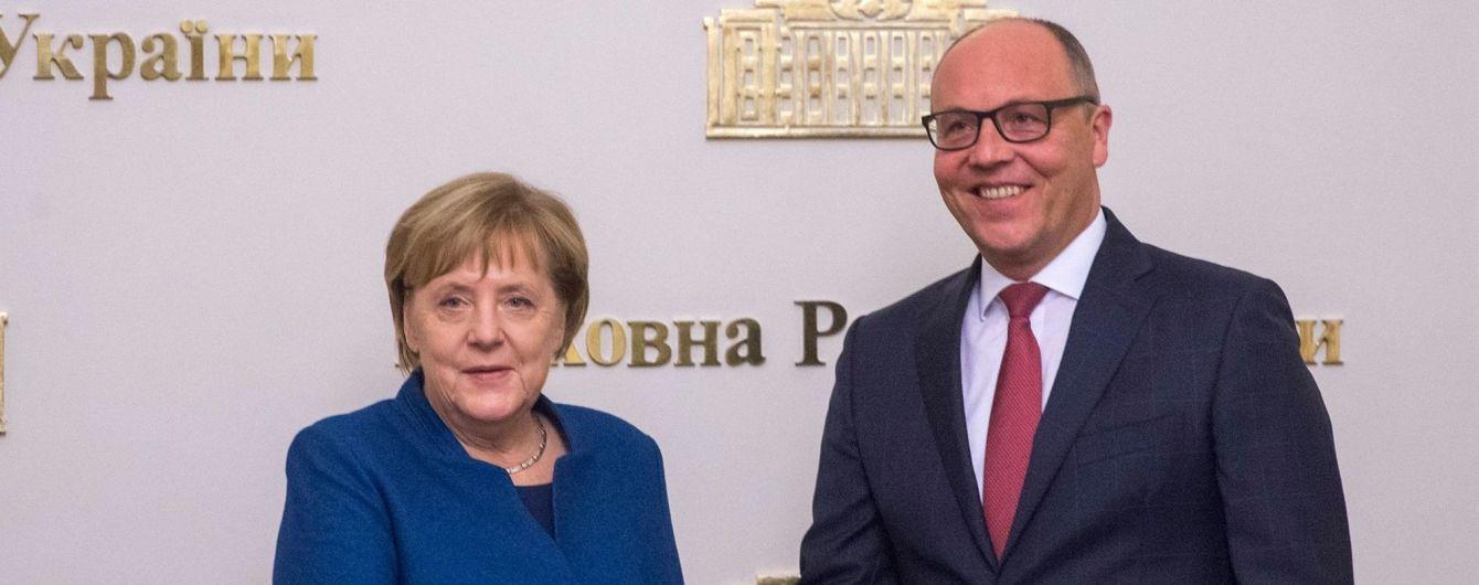 """Парубій закликав Меркель більш детально вивчити аргументи України щодо """"Північного потоку-2"""""""