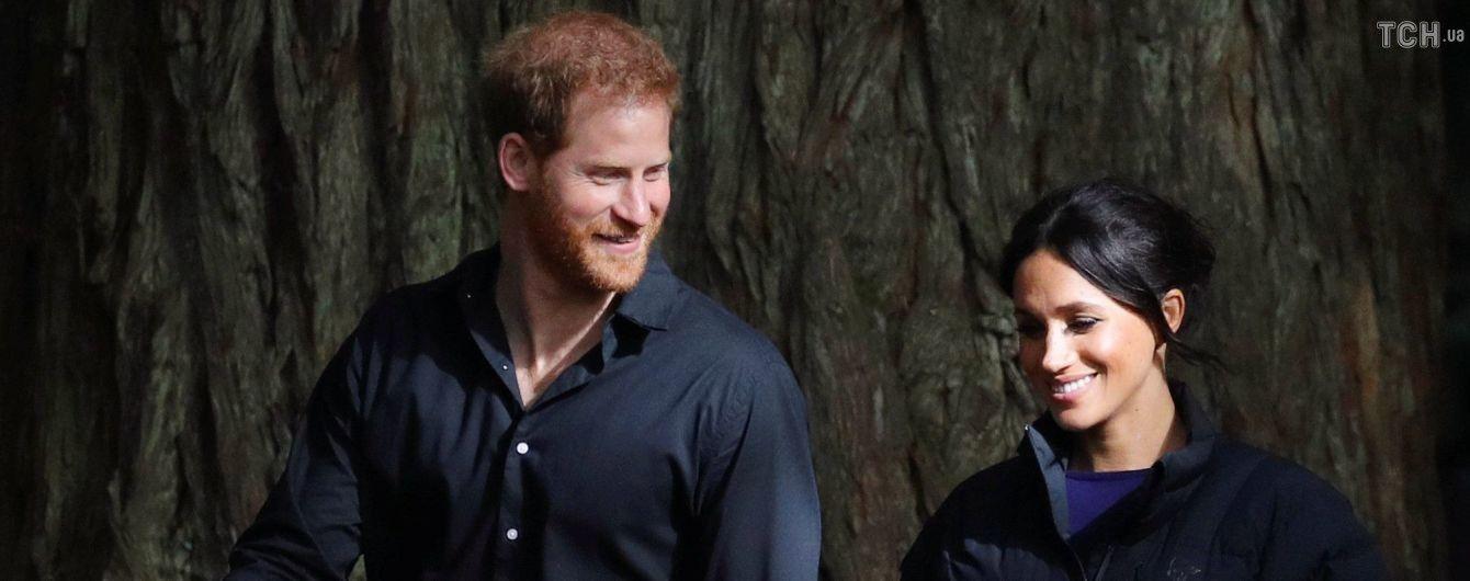 Принц Гарри показал трогательный снимок с беременной Меган в лесу