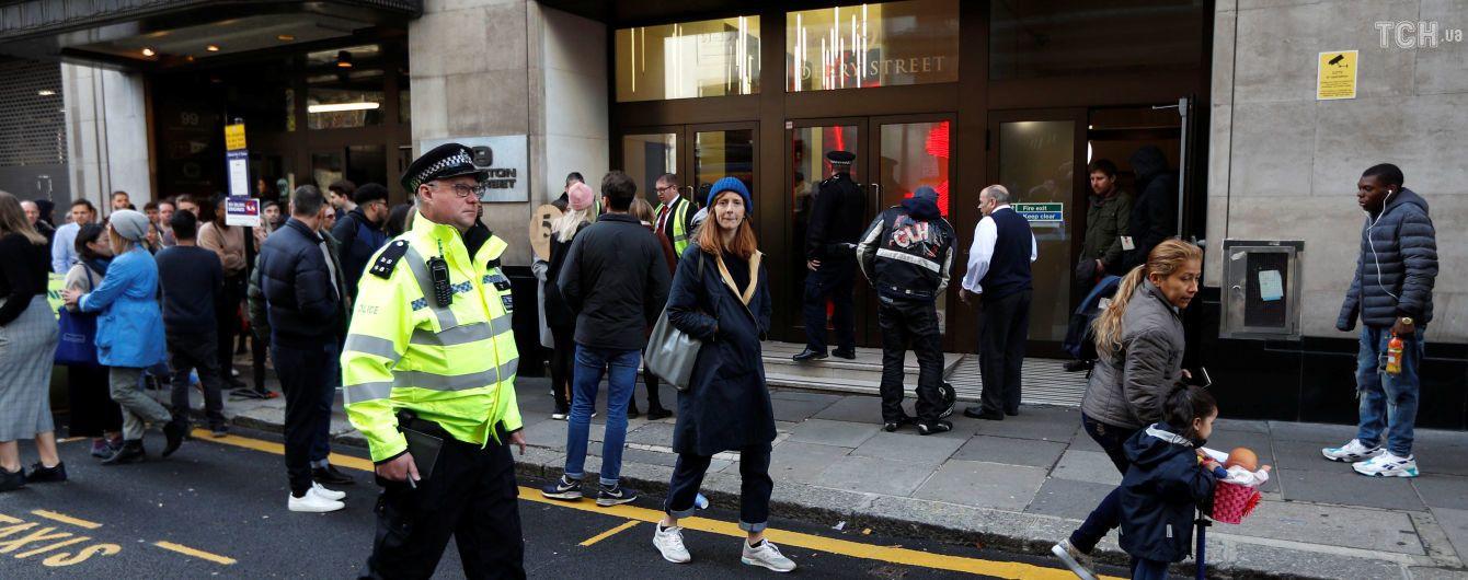 У Лондоні невідомий з ножем напав на офіс Sony – двоє осіб поранено