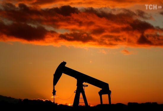 """""""Ціни можуть впасти ще"""". В РФ прокоментували зниження вартості нафти"""
