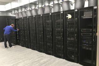 У Британії створили найбільший у світі суперкомп'ютер, що імітує людський мозок