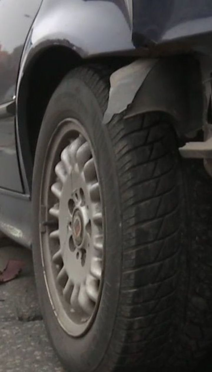 В столиці на проспекті Лобановського зіткнулися одразу три автомобілі
