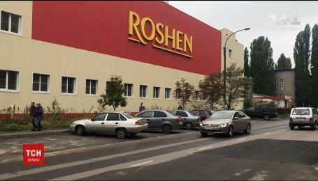 Корпорація Roshen вивезла обладнання з фабрики у Липецьку попри арешт майна