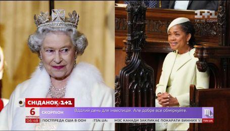 Елизавета II пригласила маму Меган Маркл отпраздновать вместе Рождество