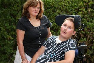 Австралієць з'їв слимака на спір і помер після вісьмох років страждань