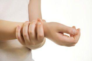 Почему у детей болят суставы