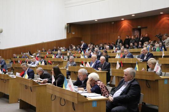 Тернопільська облрада проведе засідання в центрі Києва під стінами парламенту
