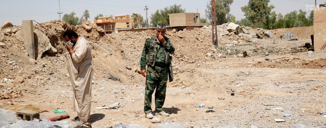 """В Іраку знайшли 200 масових поховань з понад 12 тисяч жертв """"Ісламської держави"""""""