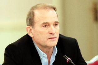 Самолет Медведчука после скандального визита в Москву сел в Киеве – журналист