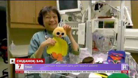 Медсестры больницы Эдмонтона устроили костюмированный праздник для недоношенных малышей