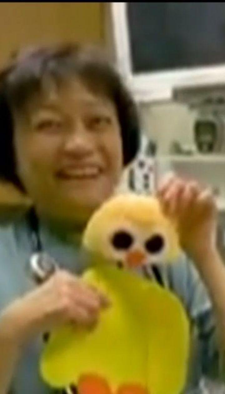 Медсестри лікарні Едмонтона влаштували костюмоване свято для недоношених малюків