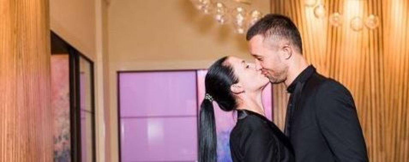 Сергію Бабкіну - 40: дружина зворушливо привітала співака з ювілеєм