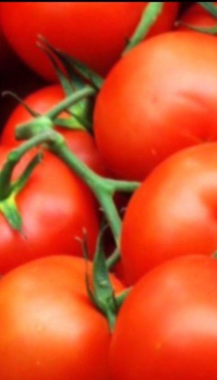 Дефіцит помідорів та біометричний паспорт онлайн – економічні новини