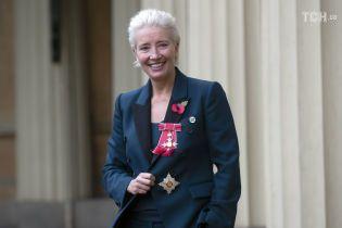 """Звезда ленты """"Реальная любовь"""" Эмма Томпсон смутила принца Уильяма во время торжественной церемонии"""