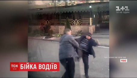 В Ровно подрались водители двух маршруток