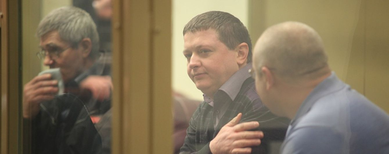Їв крабів та шашлики: одного із членів найкривавішої злочинної банди в Росії спіймали на розкішному житті у в'язниці