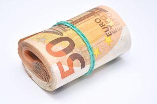 Курс валют на 10 января: доллар и евро прибавили в цене, опуская гривну