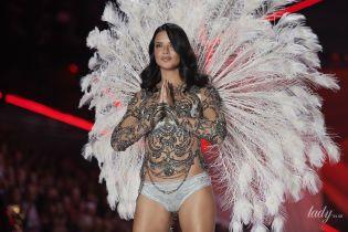 """Більше не """"ангел"""": Адріана Ліма попрощалася з командою Victoria's Secret після шоу в Нью-Йорку"""