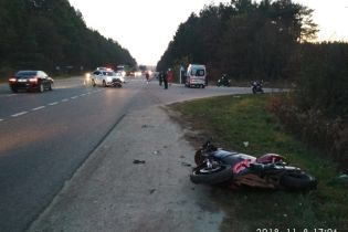 Возле Львова в аварии погибли мотоциклист и велосипедист