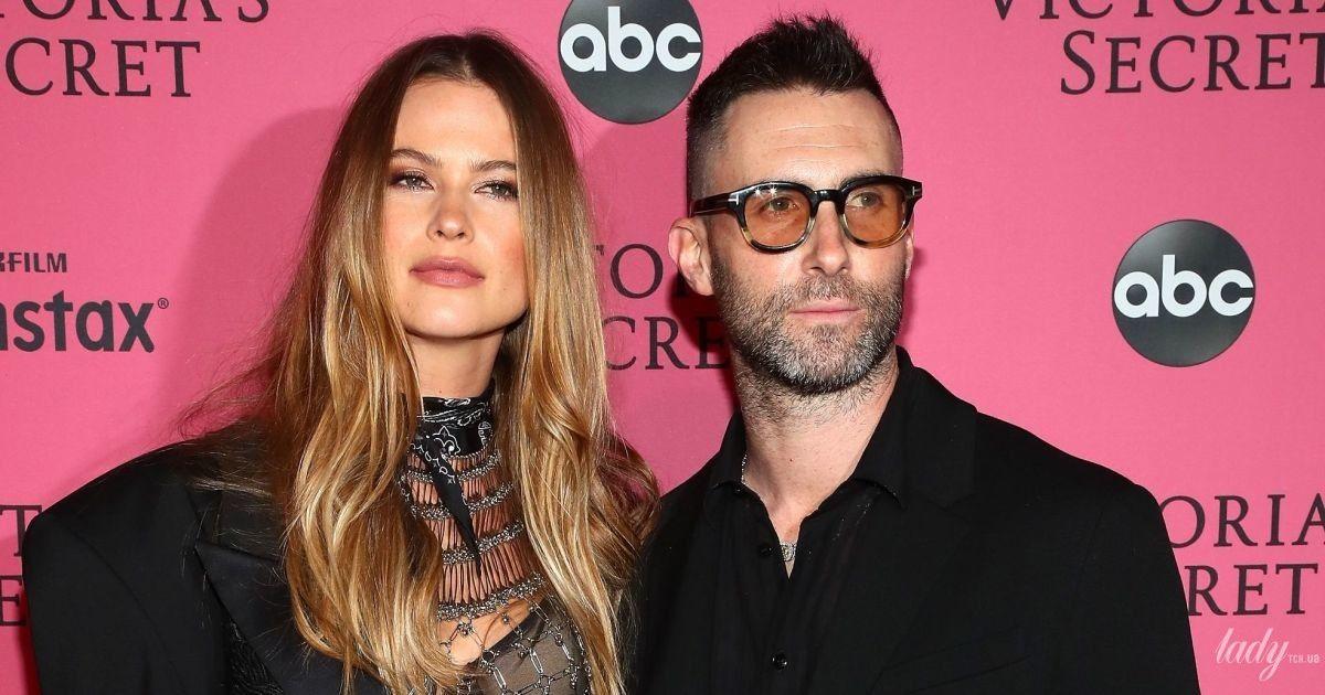 Когда ты папа девочек: солист Maroon 5 Адам Левин нарядился в платье