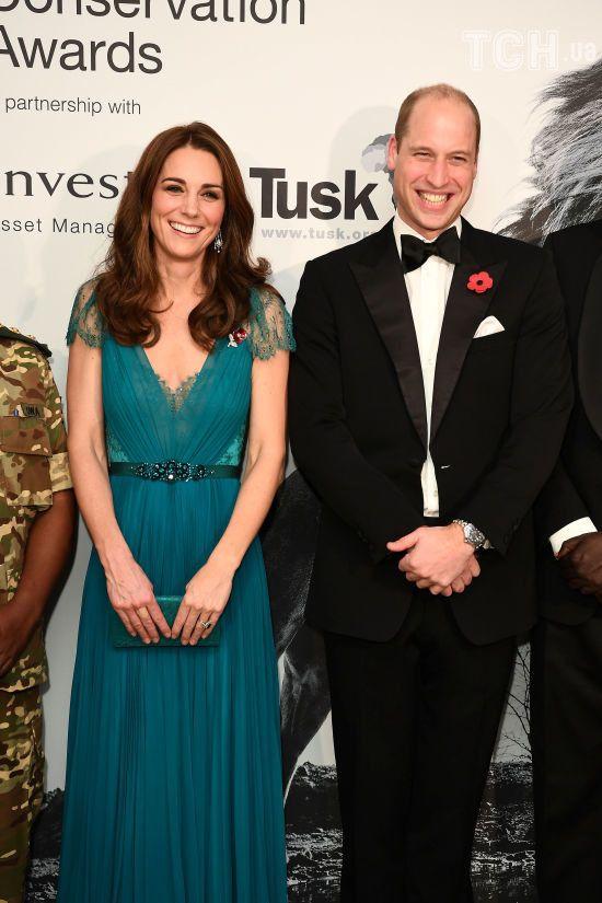 Кейт Міддлтон у розкішній сукні шестирічної давності та принц Вільям з'явились на світському заході