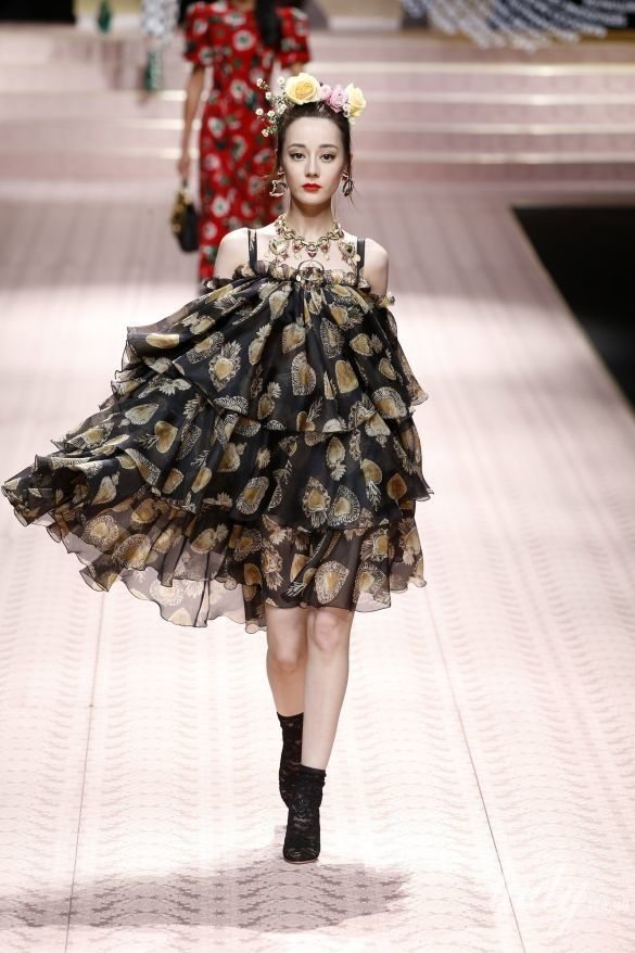 Коллекция Dolce&Gabbana прет-а-порте сезона весна-лето 2019_54