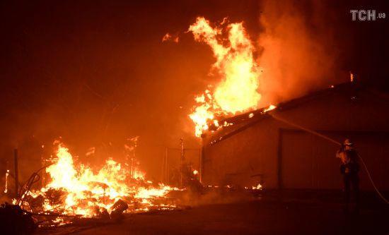 Кількість жертв пожеж в Каліфорнії збільшилося до 66 осіб, понад 600 зниклих безвісти