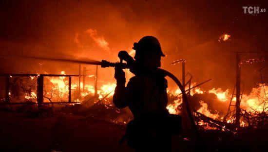 Лісові пожежі у Каліфорнії: кількість жертв зросла до 25 осіб