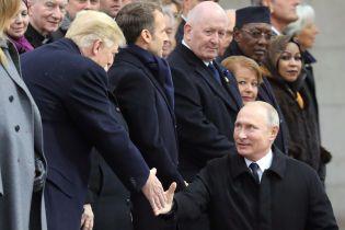 У Путина рассказали, о чем он успел поговорить с Трампом в Париже