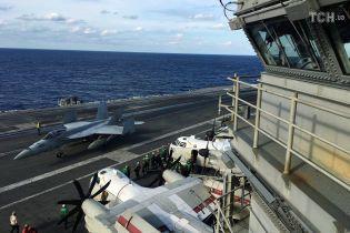 В Филиппинском море разбился американский истребитель