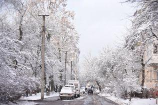 Зима на порозі. Синоптики прогнозують перші 10 градусів морозу, мокрий сніг та ожеледицю