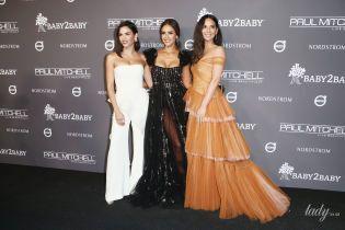Три красавицы: Дженна Дьюэнн, Джессика Альба и Оливия Манн вышли в свет в нарядах, подчеркивающих декольте