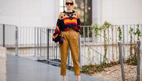 Як носити пуловер без сорочки